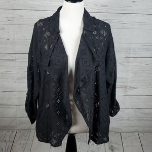 Oddy lace like cover up